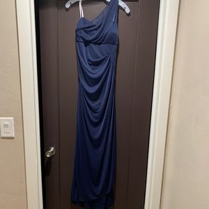 Long one shoulder bridesmaid/prom/formal gown